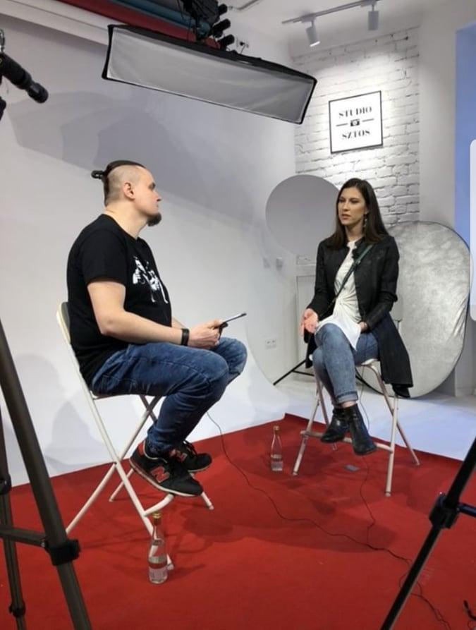 Aktorka Kamila Kamińska naszym gościem w rozmowie o wpływie psychologii na pracę aktorki.