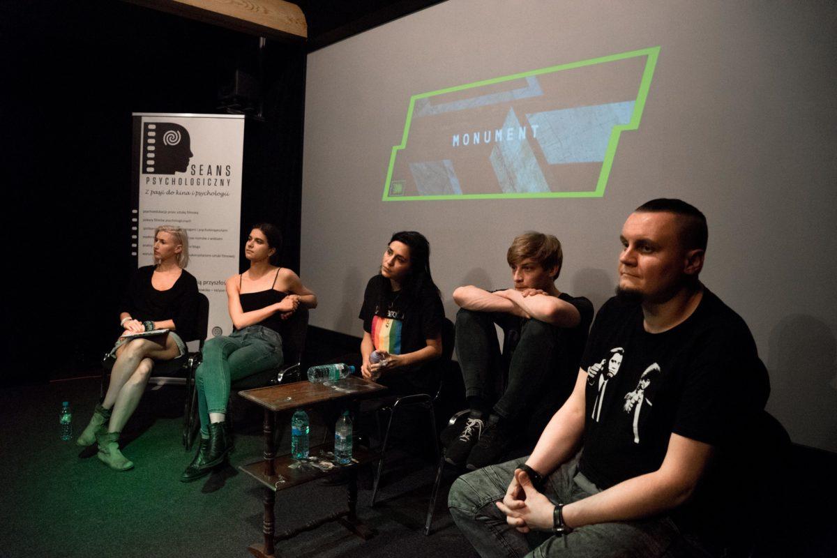 """Fotorelacja z pokazu filmu """"Monument"""" i spotkania z twórcami"""